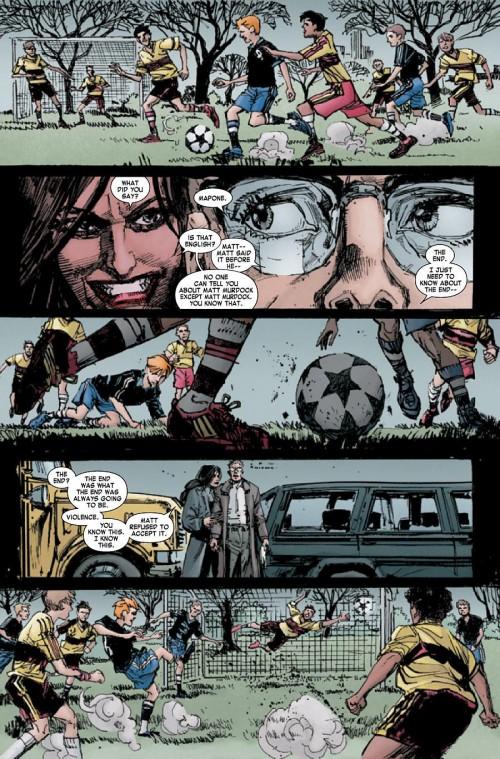 Un grand moment : Elektra menace Urich en plein jour pas très loin de son fils qui joue au foot en face du cimetière de son père....