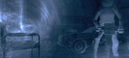 Dur dur de trouver un scan montrant le sens radar version cinéma!