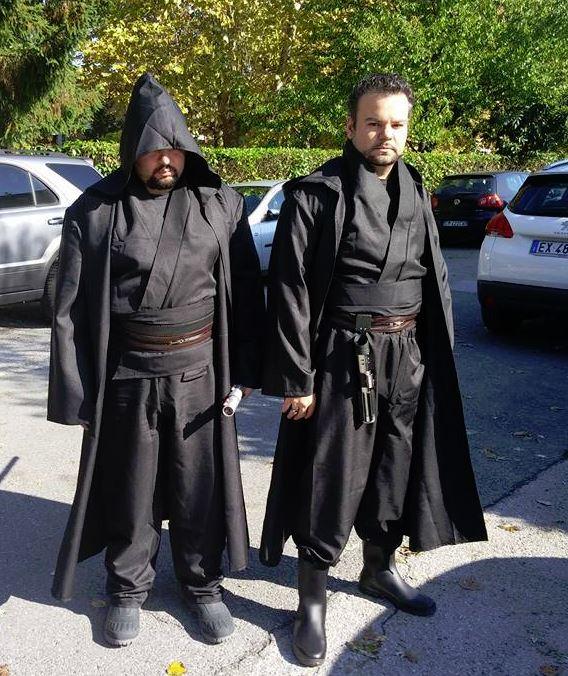 Xabaris et son frère en Sith ! Des gardiens de parking assez obscurs....