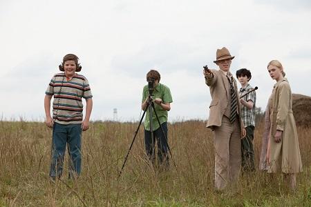 Une bande de Goonies() de potes tourne un film d'horreur en super 8!