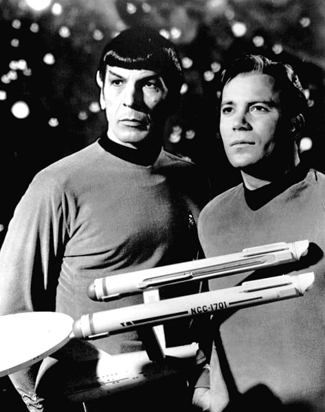 Le duo enfin réuni !  © CBS /Universal.  Source : Wikipedia https://en.wikipedia.org/wiki/Star_Trek:_The_Original_Series