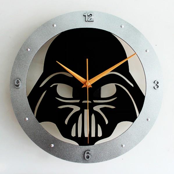 Et je vous offre une zoulie horloge pour ça, avec contrat de maintenance sur Sith
