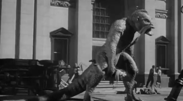L'Ymir, une creation de Ray Harryhausen pour le film The Beast  from 20.000 fathoms   /photo libre de droits / source : https://fr.m.wikipedia.org/wiki/Fichier:20_million_miles_to_earth_(1957)_Ymir.png