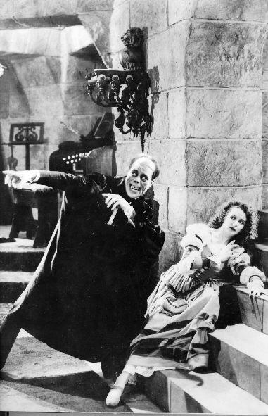 Lon Chaney, promu meilleur acteur pour incarner les monstres! © Universal Pictures Source: https://fr.m.wikipedia.org/wiki/Fichier:PhantomOp.jpg