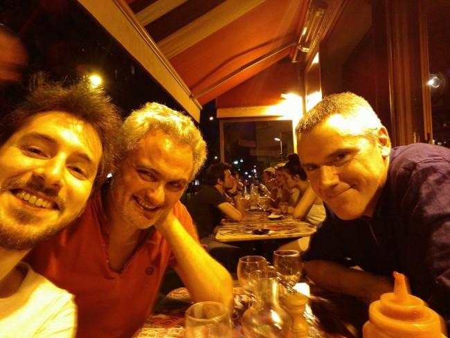 Florent a rencontré plein de gens importants chez Valiant, mais rien ne pouvait le prédisposer à dîner avec Bruce et Patrick 6....