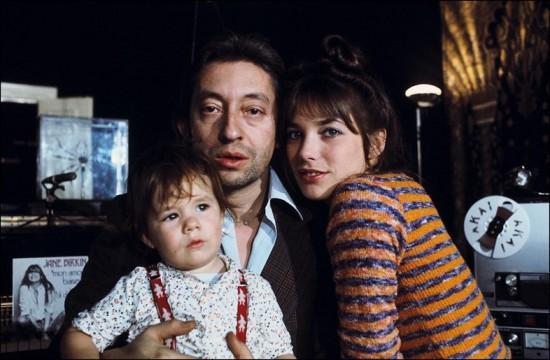 La famille Gainsbourg : à la fois libertaire et (très) conservatrice