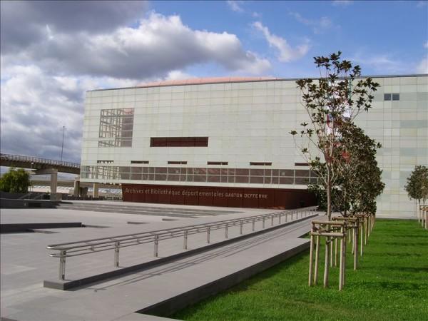 Bibliothèque et archives