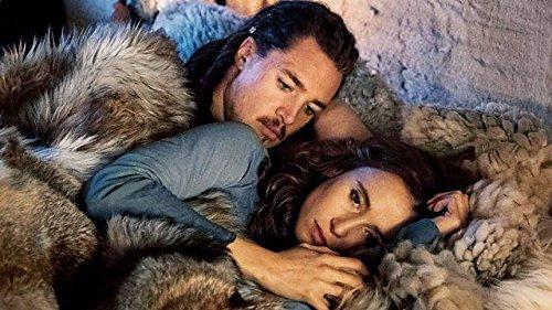 Un couple qui n'est pas sans rappeler Thorgal-Aaricia. ©BBC/Netflix/Universal Source : amazon