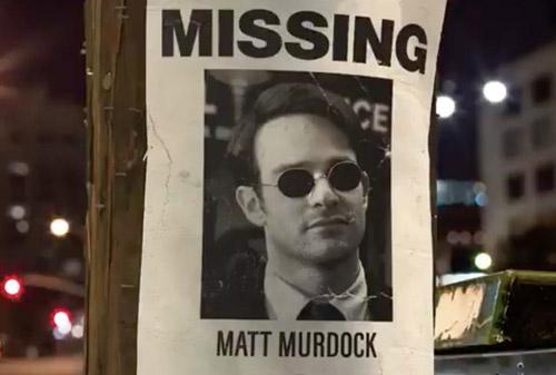 Si vous cherchez le Matt Murdock des comics, je ne suis pas sûr que vous le trouviez ici… (c) Netflix  – source Newsrama https://www.newsarama.com/41712-matt-murdock-is-missing-in-daredevil-season-3-promo.html