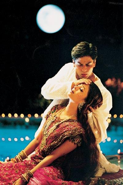 Krishna (Devdas) et Radha (Paro) dansent l'amour Source Allocine ©Diaphana Films