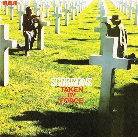 Non mais quelle pochette scandaleuse, de quoi être censurée pendant plus de trente ans, je vous jure....  ©RCA-1977  souce:http://assets.blabbermouth.net.s3.amazonaws.com/media/ScorpionsTakenByForce.jpg