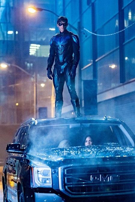 Ah ben quand même, il était temps... ©2019-DC Universe-Warner Bros Source : AlloCiné