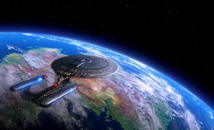 L'Enterprise veille sur la galaxie.  © CBS